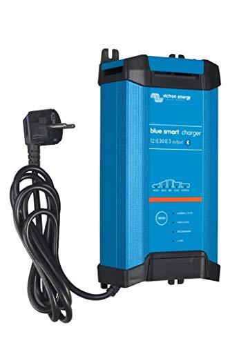 Victron Energy BPC123044002 Blue Smart IP22 Ladegerät 12/303 230 V CEE 7/7, 12 V/30 A-3 Ausgänge