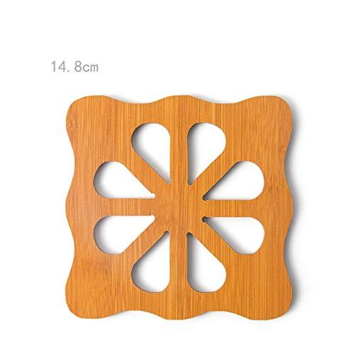 Sous-verre en bois creux écologique de tapis d'isolation antidérapant de style de dessin animé, 6 pièces réutilisables résistantes à la chaleur Côté fleur de prunier 14.8cm