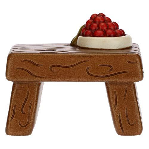 THUN - Statuina Presepe Tavolo con Frutta - Decorazioni Natale Casa - Linea Presepe Classico - Ceramica - 6,2 x 4,2 x 5,5 h cm