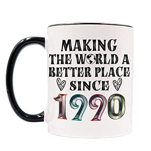 Tazas de 30 cumpleaños para hombres, mujeres, haciendo del mundo un lugar mejor desde 1990 Tazas de café, regalo para 30 cumpleaños, regalos de cumpleaños vintage de 30 años para amigos, compañero de