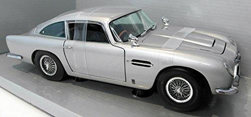 Aston Martin DB5, silber, 1963, Modellauto, Fertigmodell, Sun Star 1:18