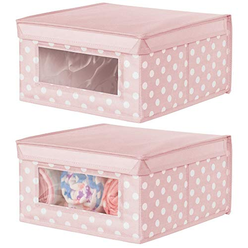 mDesign Juego de 2 cajas apilables medianas – Caja con tapa para guardar ropa de bebé o mantas – Caja para armarios con ventana transparente y diseño de puntos – rosa con puntos blancos