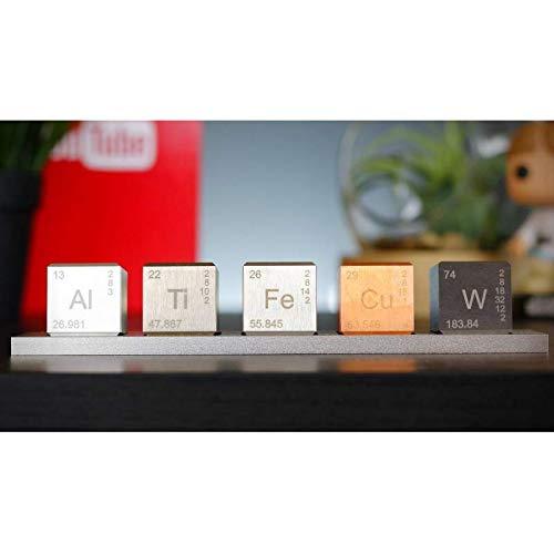 Conjunto de 5 cubos (26mm) y base, grabados a láser: wolfra