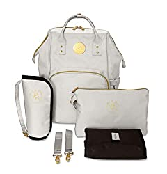 WHAT'S INCLUDED IN YOUR BUNDLE: The Lily baby changing bag in cream colour (H41 x W27 x D16 cm), an extra-padded baby changing mat (60 x 40 cm), a wristlet pouch (20 x 30 cm), an insulated bottle holder (H24 cm x D11), and two pram straps. Your bundl...