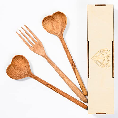 Set of 3 Wooden Spoons For Eating With Wood Gift Box, Gifts For Women, Chef Gifts, Gifts For Mom', Eco Friendly Serving Spoons, Heart Shaped Wooden Spatula, Kitchen Utensil Set