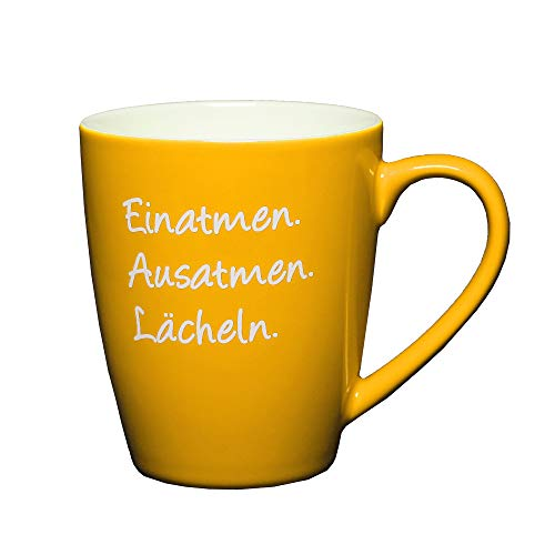 LePaJo Tasse mit Spruch: Einatmen Ausatmen Lächeln, Kaffeetasse mit Sprüchen gelb, Tasse, Kaffeetassen