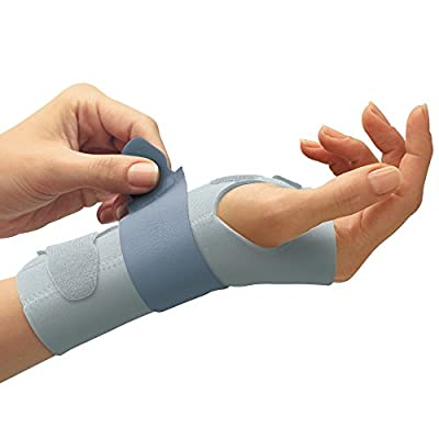 Futuro for Her Slim Silhouette Wrist Support, Moderate Stabilizing Support, Adjust to Fit, Right Hand