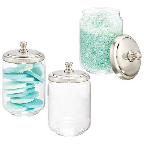 mDesign Juego de 3 organizadores de cosméticos de cristal y metal – Tarro de vidrio con tapa para discos de algodón y gomas – Frascos de vidrio multiusos para baño – transparente y plateado mate