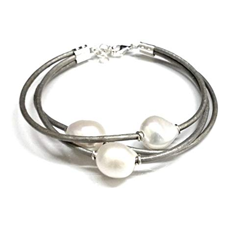 Pulsera de Perlas Cultivadas Barrocas Blancas con Cuero Natural Gris y Plata de Ley