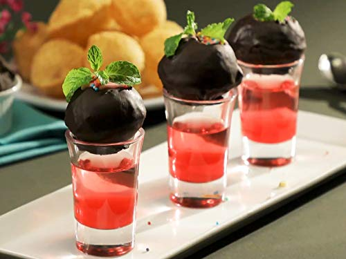 Chocolate Puri with Strawberry Smoothie