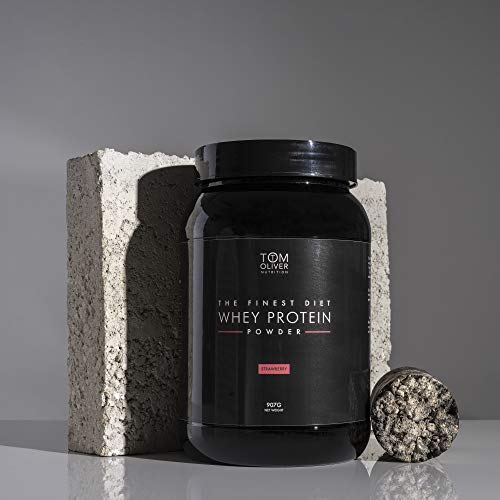 Tom Oliver Nutrition The Diet Protein - Diet Whey Protein Powder 907g - Weight Control Shake for Men & Women   Low Carbs   Great Tasting (Strawberry)