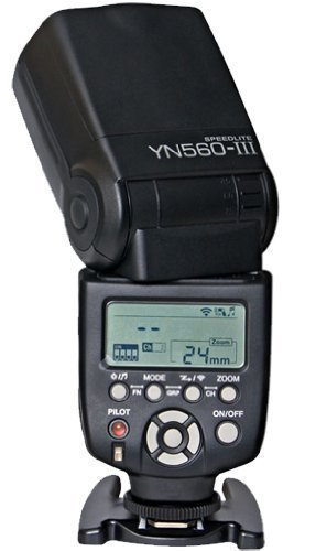 Yongnuo YN560-III-USA Speedlite Flash with Integrated 2.4-GHz Receiver for Canon, Nikon, Pentax, Olympus, GN58, US Warranty (Black)