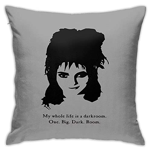 ccj Lydia Deetz - Winona Ryder - Beetlejuice Square Pillow Case Throw Pillow Sofa Cushion Car Cushion Decoration Taies d'oreillers 22x22Inch(55cmx55cm)