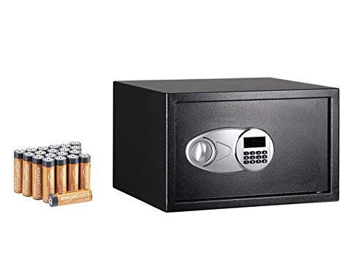 Amazon Basics - Caja fuerte (34 l), color negro + Amazon Basics - Pilas alcalinas AA 'Performance' (Paquete de 20)