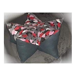 Fleece Herzen rot, rosa, weiss, anthrazit Wohlfühl-Entspannungs-Sternenkissen für Hunde 70 cm