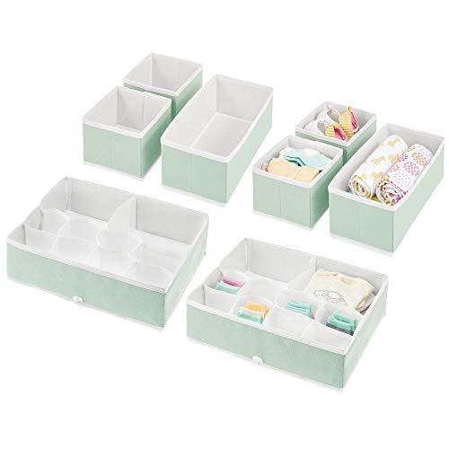 mDesign 8er-Set Kinderzimmer Aufbewahrungsbox – stilvolle Stoff Aufbewahrungskisten in verschiedenen Größen – Kinderschrank Organizer aus atmungsaktiver Kunstfaser – mintgrün/weiß