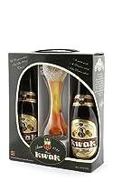 Retrouvez un grand classique belge, la kwak dans ce petit coffret composé de 2 bières et 1 verre à fond plat. Voici un coffret parfait pour se faire plaisir ou pour offrir à un proche en coffret cadeau. Ce coffret Kwak se compose de deux bières Kwak ...