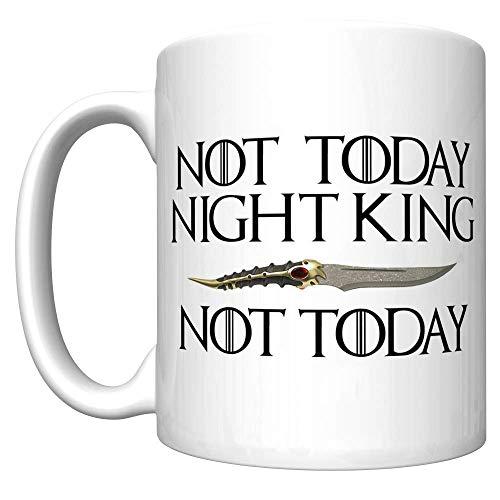 No hoy Rey de la noche con la daga Catspaw (Arya Stark Juego de tronos) [D] Taza