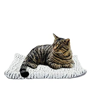 voopet Dog Bed Mat Pet Blacket Soft Fleece Bed Cover for Dogs and Cats – Self Warming Pet Bed Liner Reversible Dog Crate Pad Machine Wash & Dry, Soft Plush Pet Cushion Ideal for Pet Carrier Cage