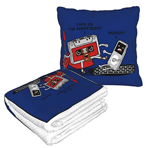 Esta es la manta de viaje de The Eighties Retro Music 300 y almohada 2 en 1, manta de avión, almohada de cuello de viaje y manta