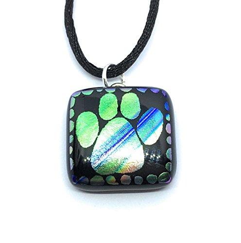 Handgefertigt aus dichroitischem Glas Anhänger–'Pets Leave Paw Prints On Your Heart', Rainbow Farben, 2cm x 2cm mit Seide Schnur Halskette–inkl. Geschenkbox und Zertifikat