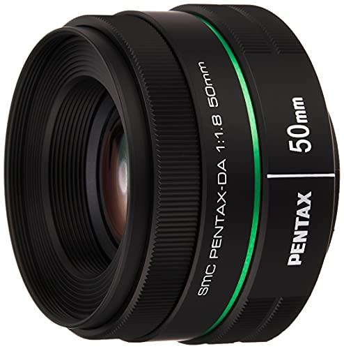Pentax Smc DA 50 mm F/1.8 Objetivo con Focal 76.5 mm (Equivalente en 35 mm) Increíble Valor de Apertura F y Diafragma Circular para un Bonito Efecto Bokeh en Retratos y Paisajes Ligero, Negro
