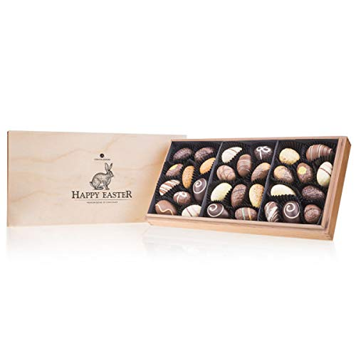 Easter Premiere Maxi - 30 gefüllte Schokoladen-Ostereier | Premium Qualität in edler Holz-Box | Ostergeschenk | Ostern Schokolade | Schokoladeneier | Ostergeschenke für erwachsene | Frauen | Männer