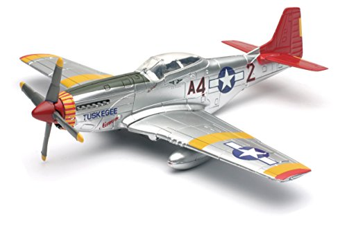 New-Ray World War II Replica Fighter Air Planes ClassicAircraft P-51D Red Tails 1:48