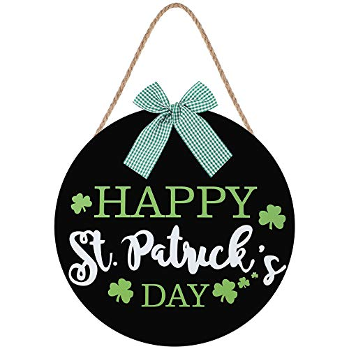 St Patrick's Day Hanging Sign Shamrock Printed Wooden Decor Happy St Patrick's Decor Irish Spring Holiday Home Window Wall Farmhouse Indoor Outdoor Decor (Black Base with Happy St Patrick's Day)
