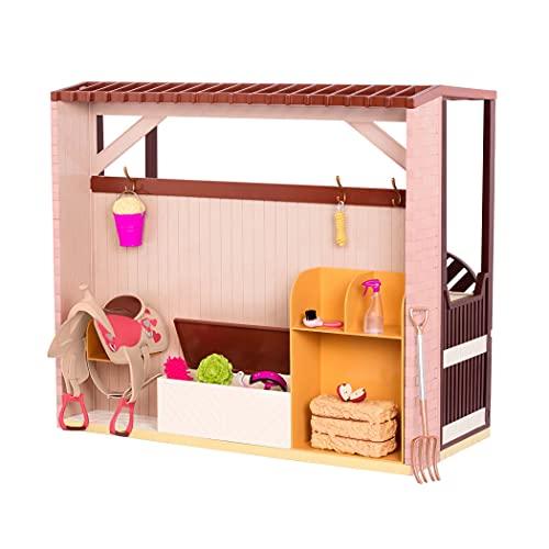 Our Generation BD37932Z - Pferdestall aus Kunststoff - Zubehör für 46cm Puppen mit REIT-Accessoires, bewegliches Tor zum Öffnen/Schließen - ab 3 Jahren - 45341