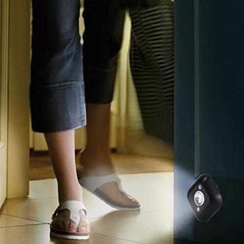 ILS mini-nachtlampje met inductiebeweging, wit licht, wandlamp voor kasten, slaapkamer, badkamer, woonkamer, sensorafstand: 2-3 m (zwart)