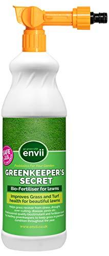 Envii Greenkeeper's Secret Dünger – Rasendünger flüssig – Flüssigdünger - Anwendung über Gartenschlauch - Schnelleres Wachstum und optimale Gesundheit für Ihren Rasen – Reicht für 300m²