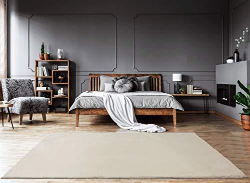 Mia´s Teppiche Bella - Alfombra de salón, Pelo Largo Suave, 30 mm, Piel sintética, 100% poliéster, Color Crema, 80 x 150 cm