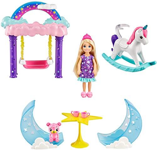 Barbie Chelsea Dreamtopia Muñeca con set de juego columpio mágico con accesorios y mascota de juguete (Mattel GTF50)