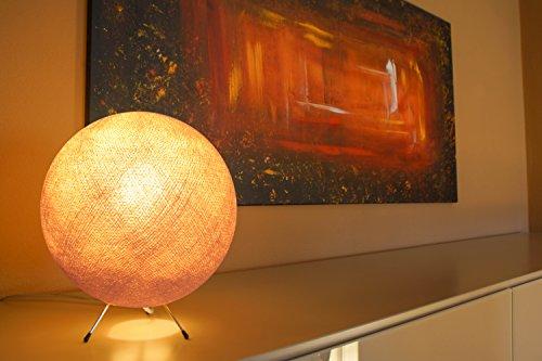 Handgemaakte kogellamp van katoen - LED bollamp in beige, lamp binnen