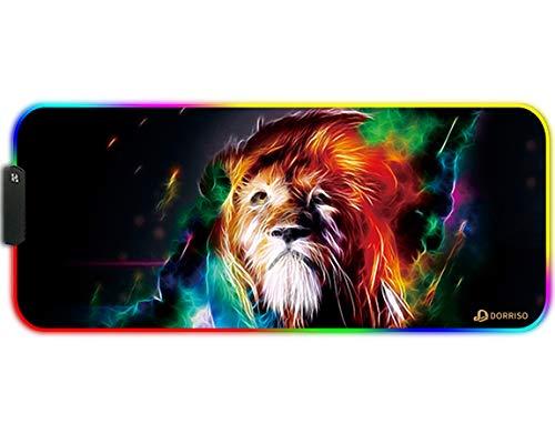 DORRISO RGB Alfombrilla de Ratón Juegos Grande XLL 900 x 400 x 3 mm Gaming Alfombrilla Raton Impermeable con Base de Goma Antideslizante para Gamers Ordenador PC y Laptop Mouse Pad León