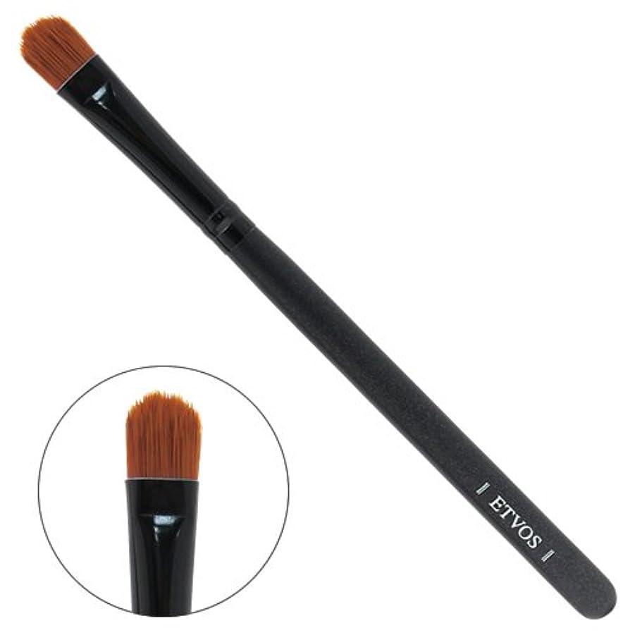 谷パズル企業ETVOS(エトヴォス) アイシャドーブラシ 平らで毛先を丸カット/アイシャドウ用化粧筆 重ね塗り対応 14cm