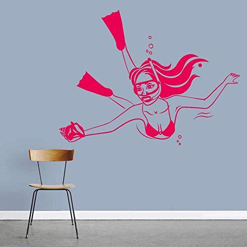 Vrouw Onderwater Duiken Vinyl muur Applique Seashell Meisje in Badpak Sticker Decoratie het Home Muursticker Home Decoratie muurschildering 57x75cm