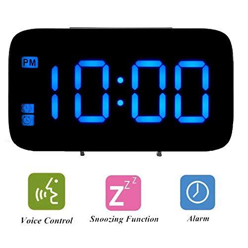 ALLOMN Sveglia Digitale, Controllo Vocale Orologio da Viaggio Intelligente Tavolo da Tavolo Comodino Orologio Funzione di Snooze, Retroilluminazione Notturna, Batterie USB e AAA Alimentato (Blu)