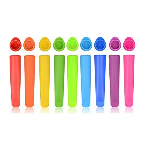 Fabricado con silicona resistente al 100% FDA, estos moldes de Popsicle son aptos para lavavajillas y libres de BPA, reutilizables y duraderos. Una forma sana y divertida de elaborar tus propios helados al gusto, sin conservantes ni colorantes Se pue...