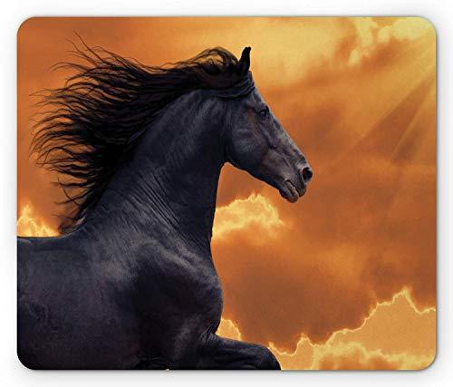Alfombrilla de ratón Horses, retrato de un caballo frisón al galope con el tema de la gracia del honor de intensidad de los rayos del sol, alfombrilla rectangular de goma antideslizante, tamaño estánd