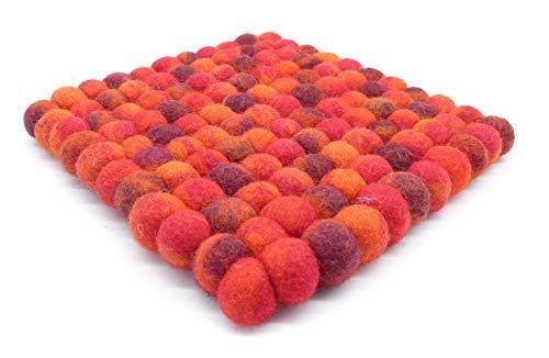 feelz Filzuntersetzer aus Filzkugeln eckig Flammen rot meliert dunkelrot 100% Filz (Wolle) Handarbeit Topfuntersetzer bunt quadratisch (20x20cm)