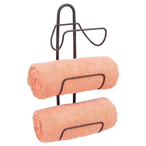 mDesign Porta asciugamani da appendere – Spazioso portasalviette bagno in metallo con 3 ripiani – Appendi asciugamani ideale per bagni di ogni dimensione – bronzo