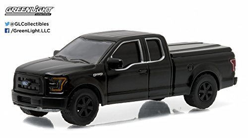 2015 FORD F-150 XL * Black Bandit Collection Series 14 * 2016 Greenlight Collectibles Limited Edition 1:64 Scale Die-Cast Vehicle by Greenlight