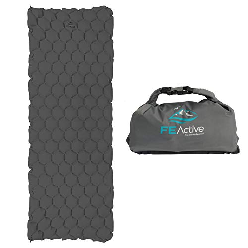 FE Active – Wasserabweisende Luftmatratze mit Pumpsack, Kompakte Isomatte fürs Zelten, Rucksackurlaub, Wandern, Radtouren, Reisen, Einfach zu verstauen | In Kalifornien, USA entworfen