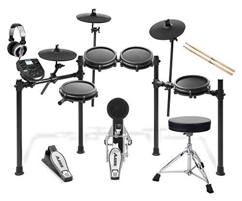 Alesis Nitro Mesh E-Drum Kit Set (hochwertiges Starterset, 8-teilig mit E-Schlagzeug, Drumhocker, Sticks, Kopfhörer & viel Zubehör) Schwarz