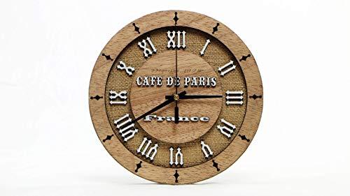 Cafe de Paris. Decoración de madera.Reloj para pared