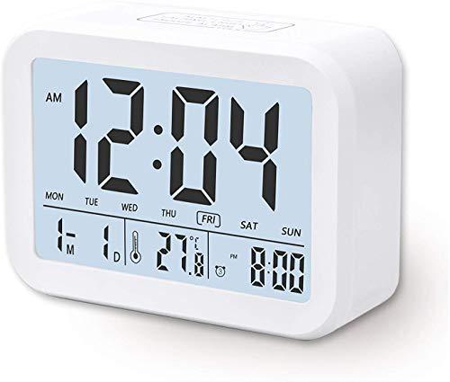 Despertador Digital Electrónico, Arespark Reloj Despertador con Alarma Luz de Noche, Pantalla LCD con Fecha Temperatura, Sensor de Luz, Función Snooze. Blanco