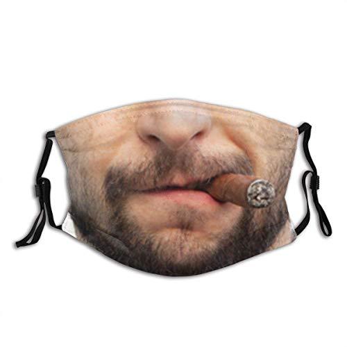 Mundschutz Hübscher stilvoller Mann, der Zigarre raucht H personalisierter wiederverwendbarer Gesichts-Schal des Mund-Ärmels