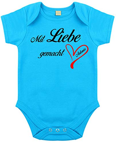 Body mit Namen | Motiv Mit Liebe gemacht & Herz | Personalisieren & Bedrucken | für Mädchen & Jungen Kurzarm Baby-Strampler inkl. Namensdruck